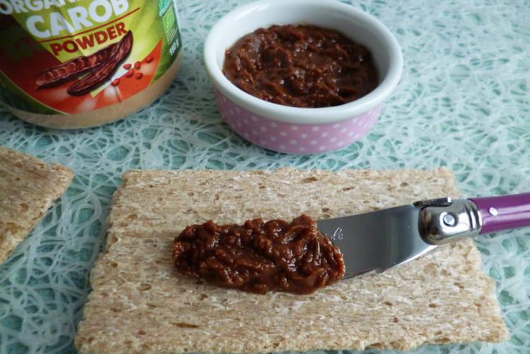 Tartinade 100% crue à la caroube et au beurre de cacao