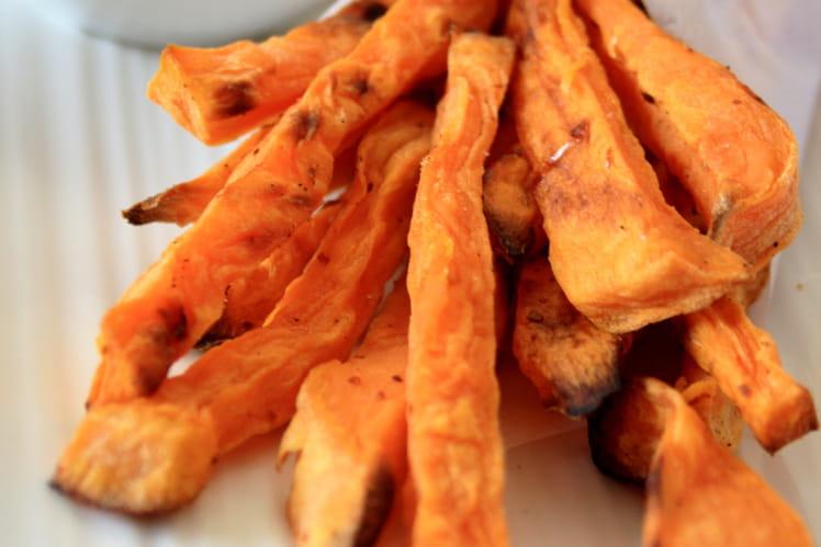 Frites de patates douce épicées