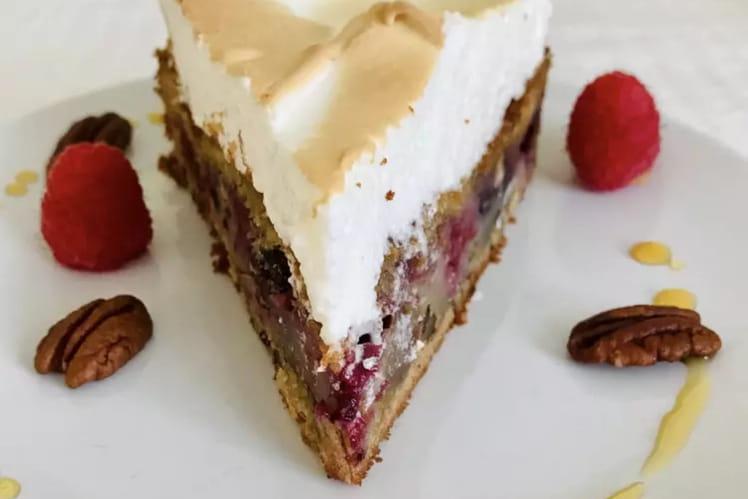 Gâteau meringué érable et fruits rouges