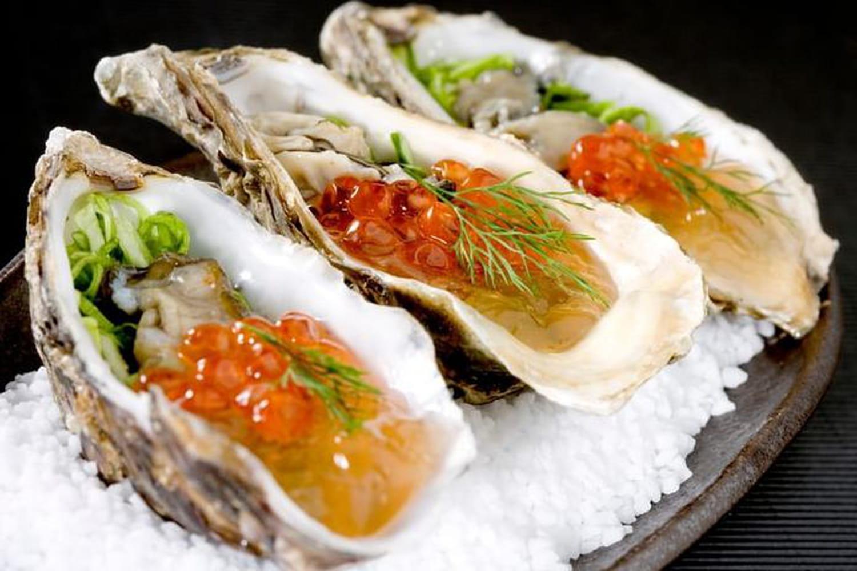Comment ouvrir les huîtres avec un couteau?