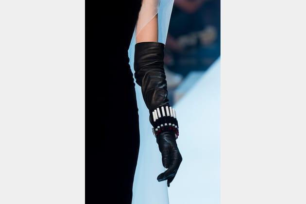 Jean Paul Gaultier (Close Up) - photo 41