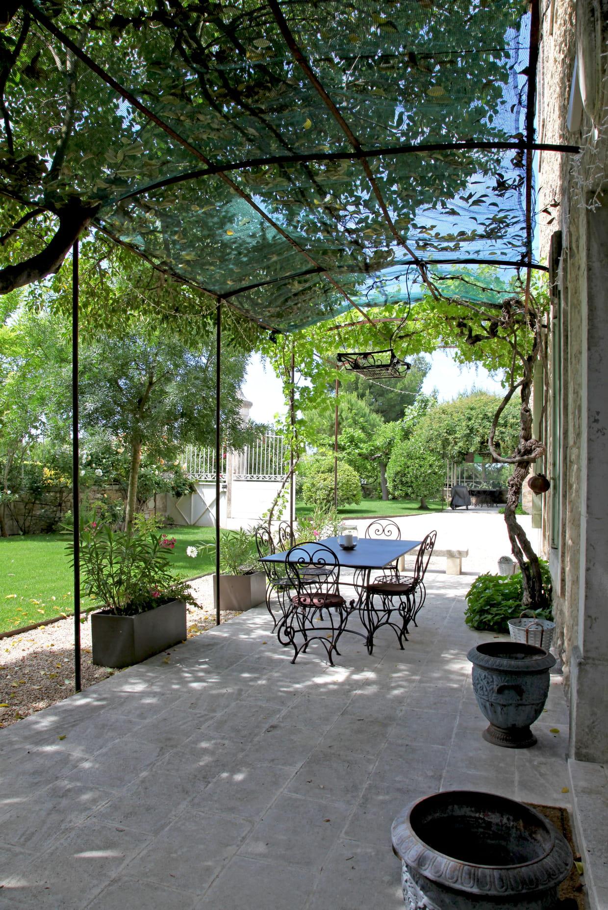 Une salle manger romantique for Salle a manger romantique