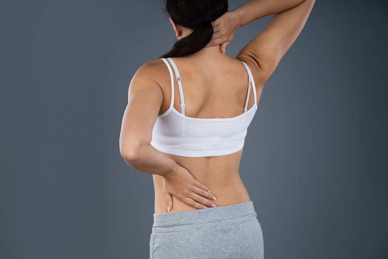 Lordose cervicale: normale, inversée, traitements