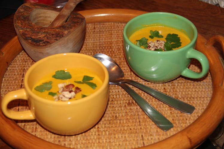 Crème de lentilles corail au jus de carottes épices et coriandre