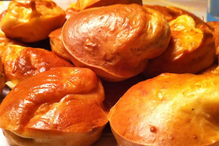 Muffins saumon fumé, chèvre et ciboulette