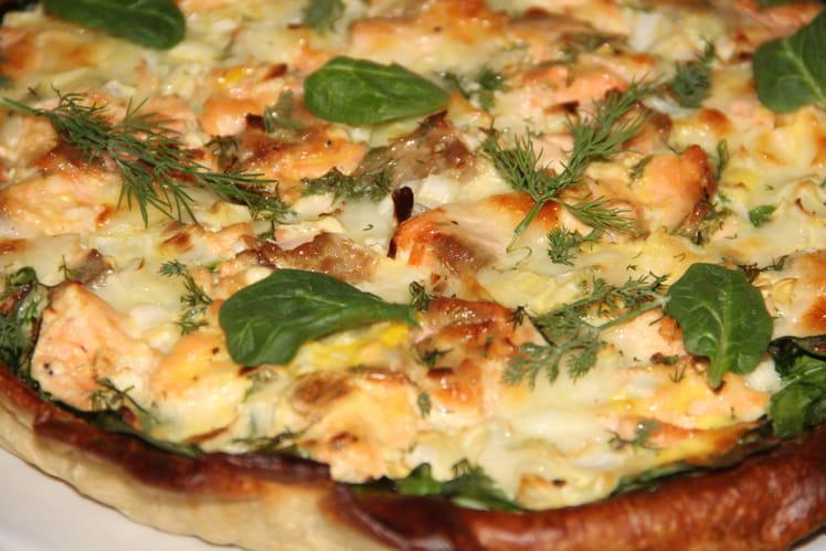 Quiche au saumon, épinards, mozzarella et aneth