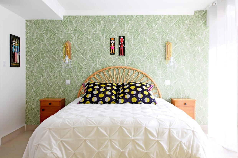 Tapisserie Moderne Pour Chambre Adulte 15 exemples pour adopter le papier peint en tête de lit
