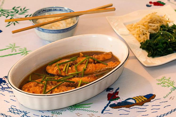 Poisson mijoté à la vietnamienne (Cá kho tộ)
