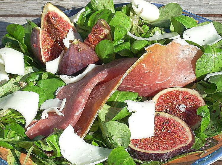 Recette de figues fra ches au jambon sec de montagne et - Cuisiner figues fraiches ...