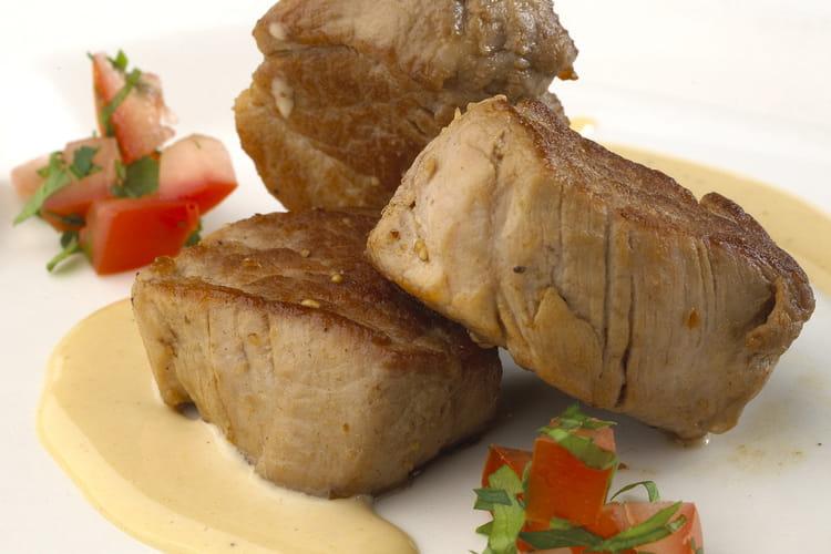 Noisettes de porc et crème de Neufchâtel AOP