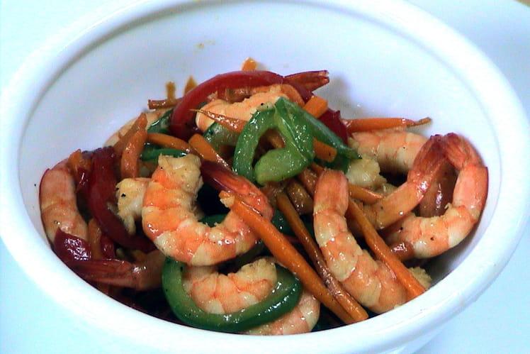 Crevettes sautées aux petits légumes