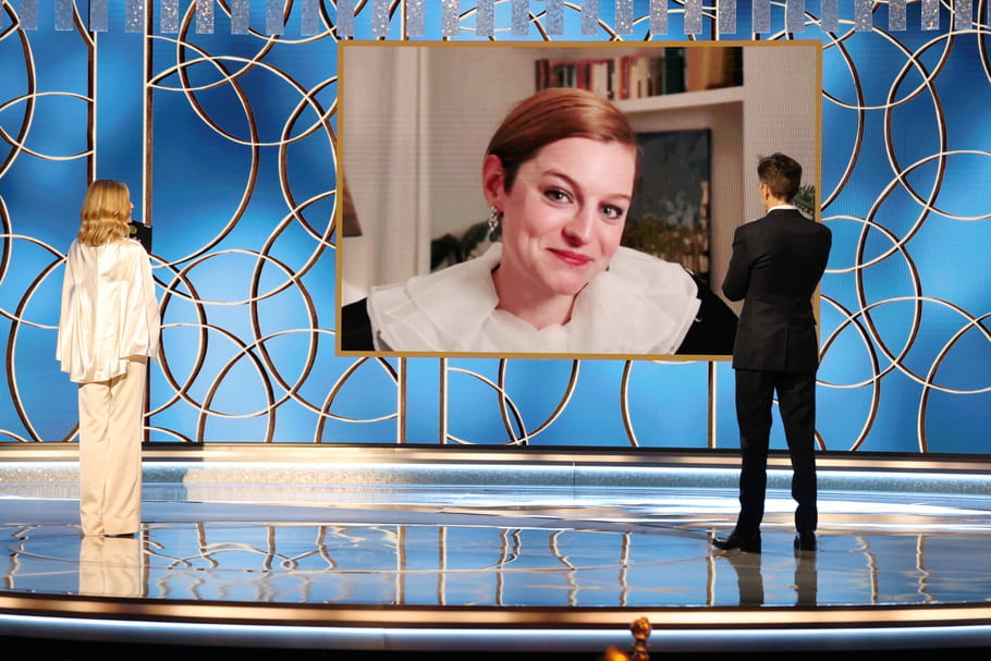 Aux Golden Globes, la beauté d'Emma Corrin (The Crown) rappelle celle de Lady Di