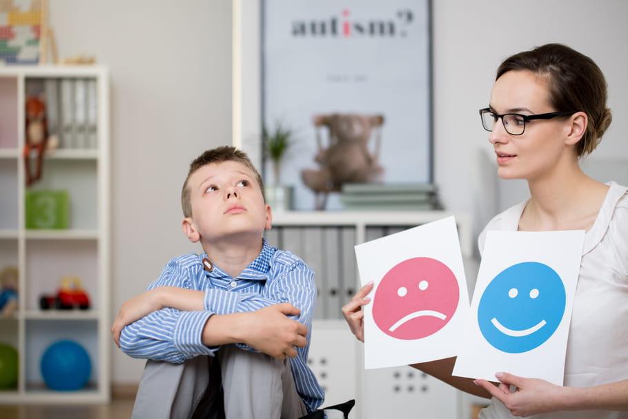 Syndrime d'Asperger: comment le détecter et vivre avec?