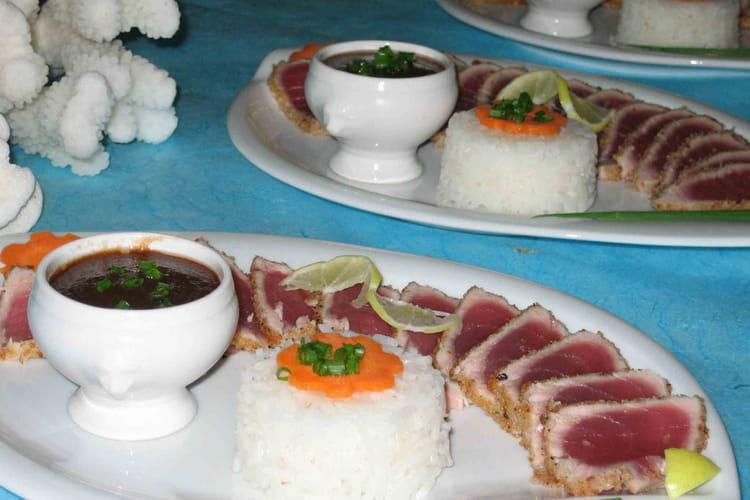 Mi-cuit de filet de thon en habit de coco