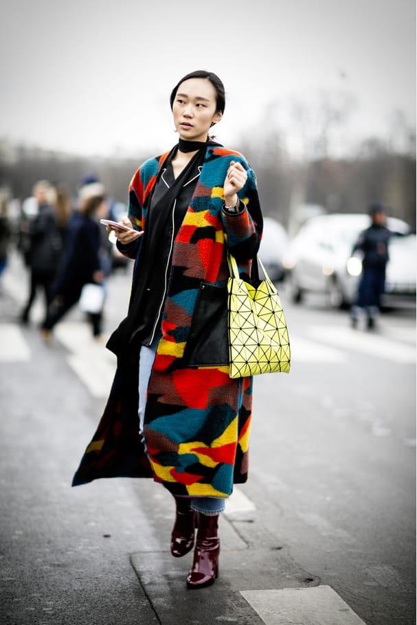Street style à Paris : le camo pop