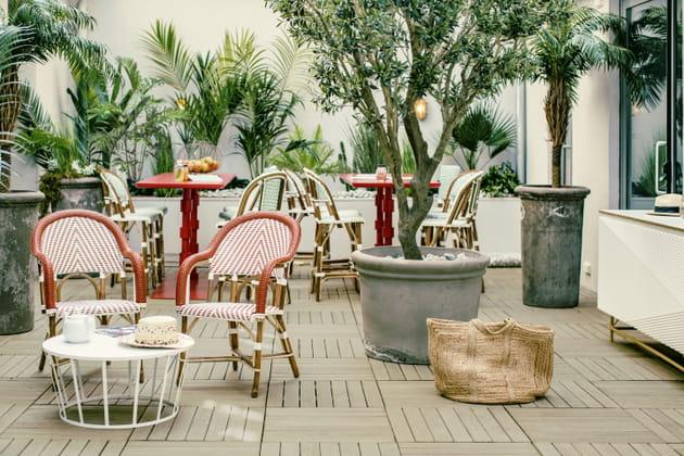 Le patio de l'hôtel Bob à Paris