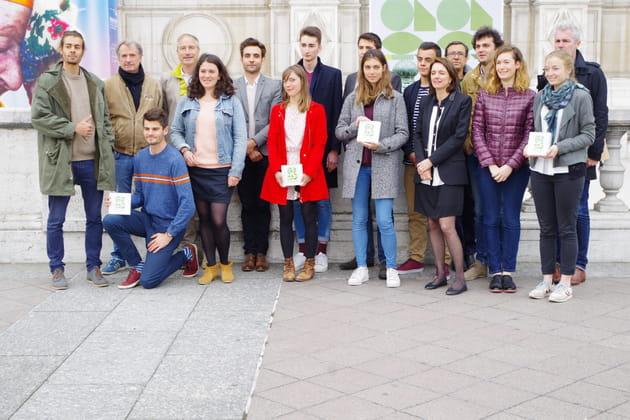 Les lauréats du concours et le jury