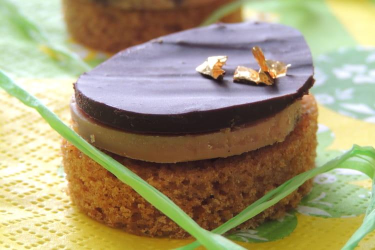 Canapés de pain d'épices au foie gras au chocolat