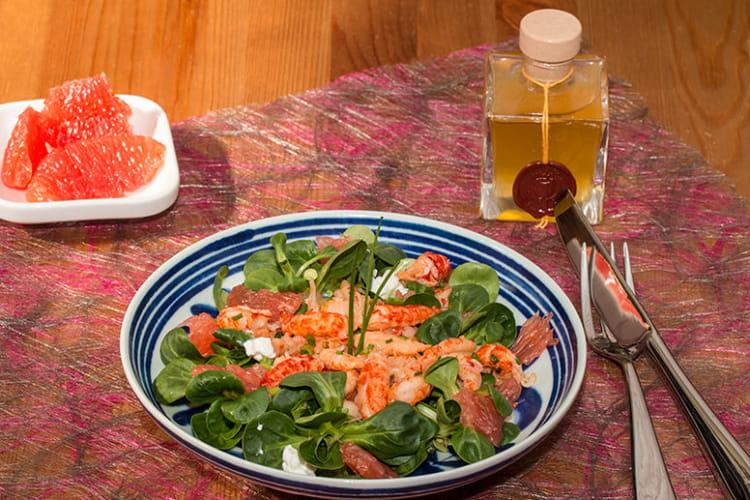 Salade de queues d'écrevisses aux pamplemousses roses