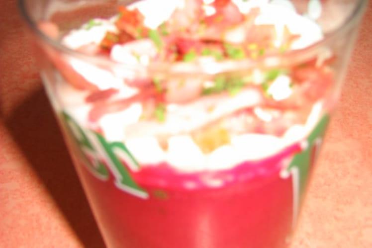 Cappuccino aux betteraves, allumettes de jambon grillé