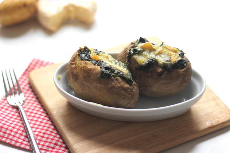 Pommes de terre au four farcies aux épinards et reblochon