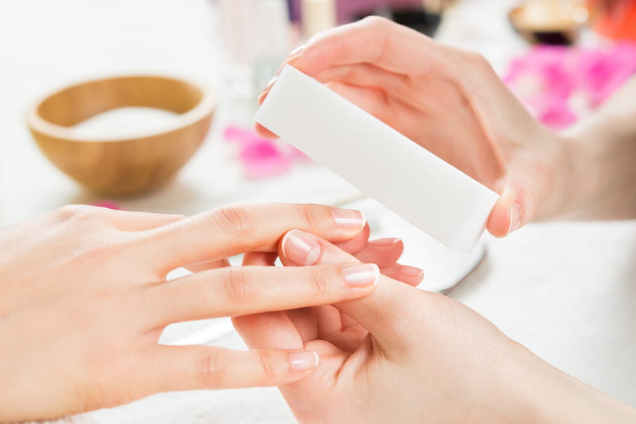 Comment avoir de beaux ongles pour les fêtes