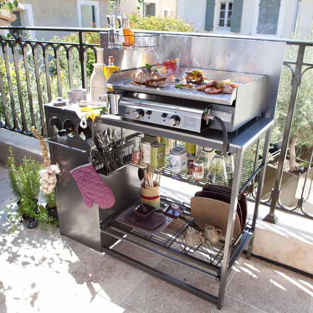comment installer une cuisine d 39 ext rieur. Black Bedroom Furniture Sets. Home Design Ideas