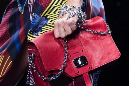 Versace (Close Up) - photo 33