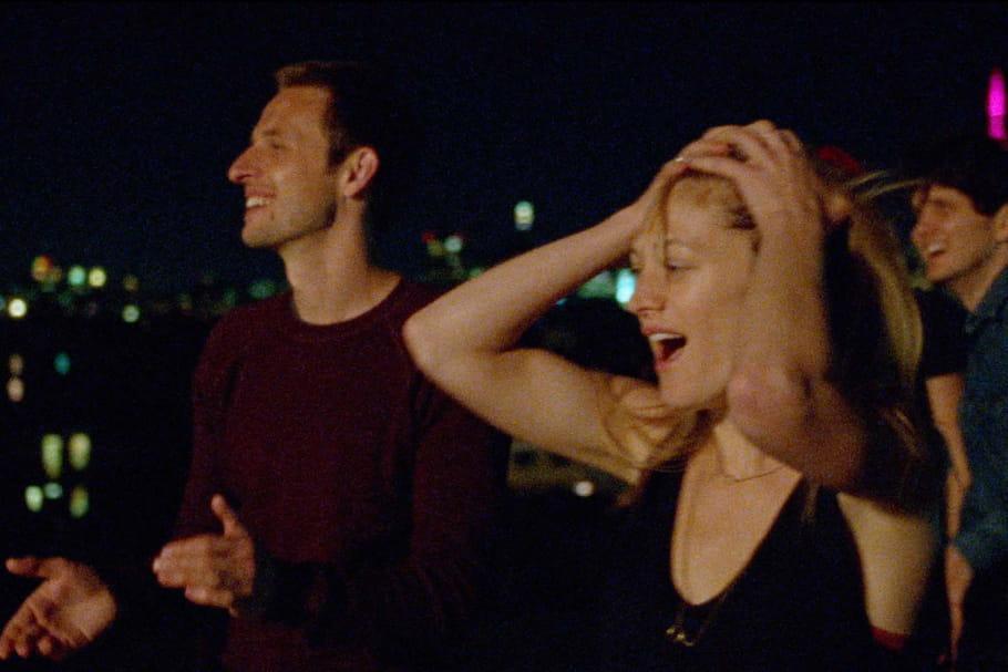 Ce sentiment de l'été : une nuit sur les toits de Paris
