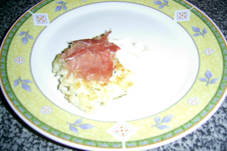 Galettes de risotto sauce au basilic et pancetta