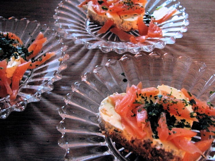 Recette de cheesecake au saumon fum crackers et ch vre for Entree legere originale