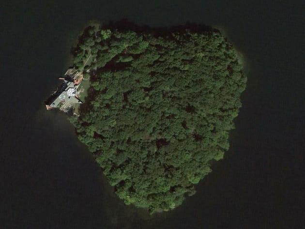 Une île pour les 50ans de Brad Pitt