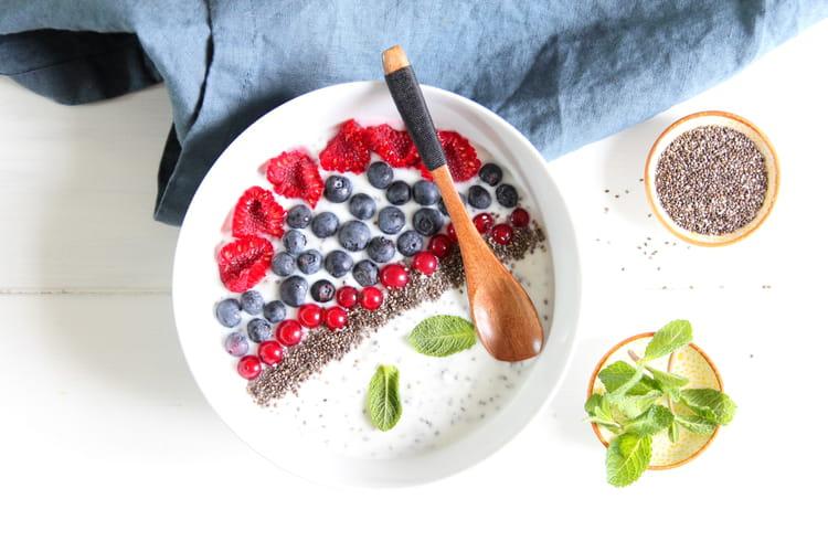 Smoothie aux fruits rouges et graines de chia
