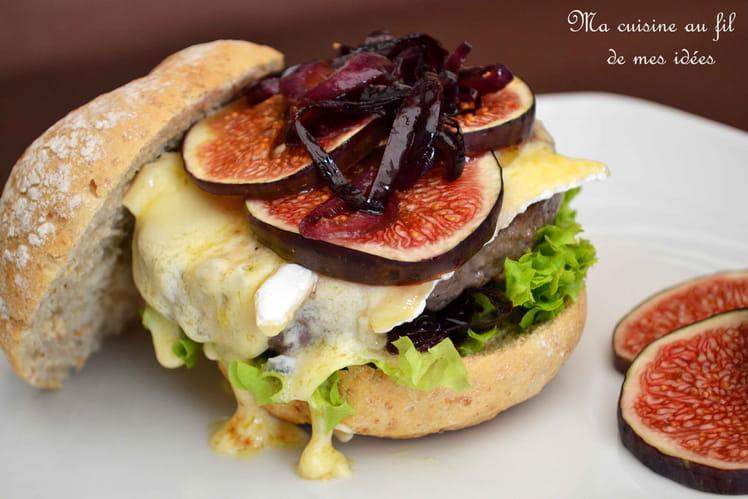 Burger aux figues, gorgonzola et oignons rouges confits