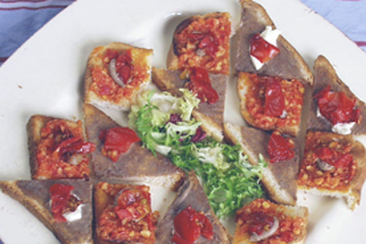 Toasts anchois tomates