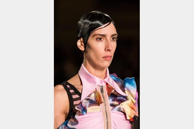 Givenchy (Close Up) - photo 37