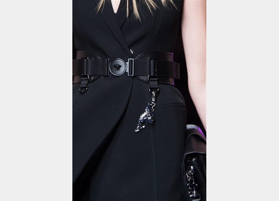 Versace (Close Up) - photo 9