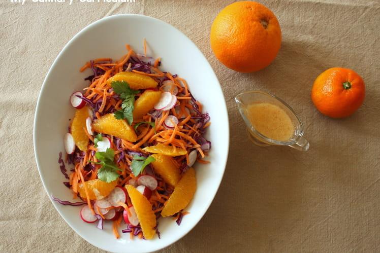 Salade au chou rouge, carottes, radis, orange et sa vinaigrette à la clémentine et au miel