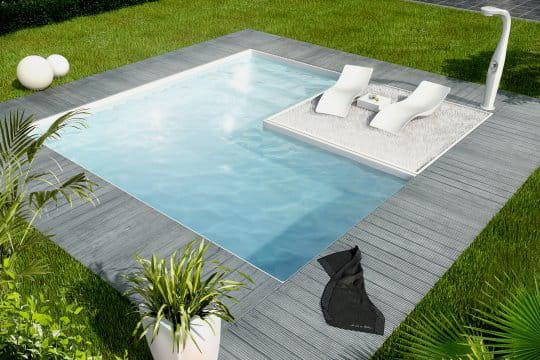 Une piscine cubique tr s tendance for Prix piscine aquilus