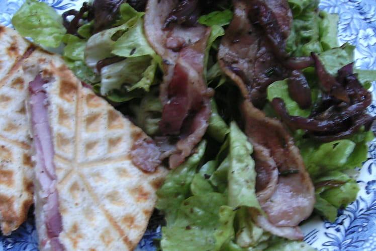 Salade chaude et son croque jambon-chèvre