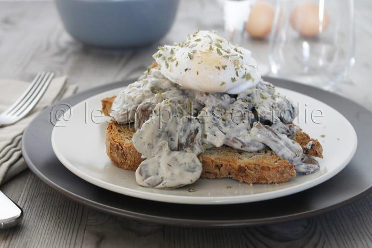 Toast aux champignons boursin et oeuf poché
