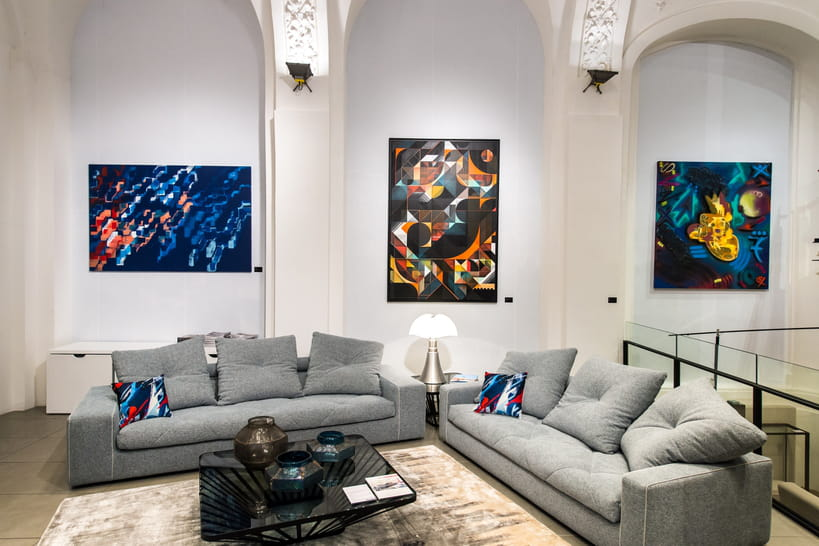 inext rieur l exposition hommage au street art sign e roche bobois. Black Bedroom Furniture Sets. Home Design Ideas