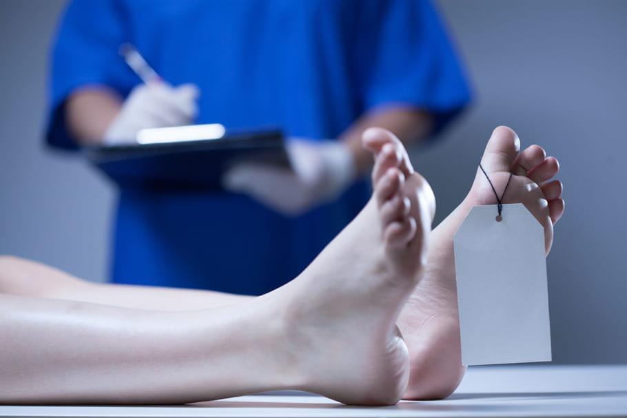 Le corps humain bougerait encore... un an après la mort!