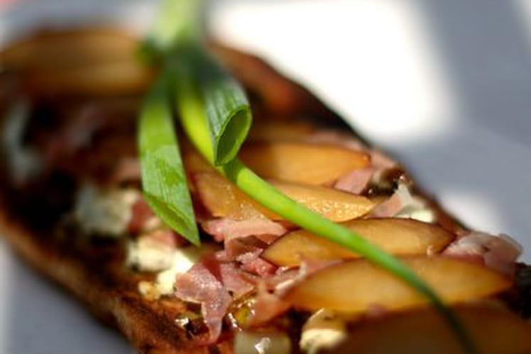 Tartine délicieuse à la prune et aux oignons verts