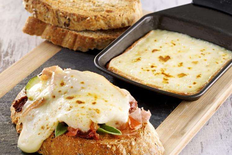 Bruschettas de fromage à Raclette RichesMonts