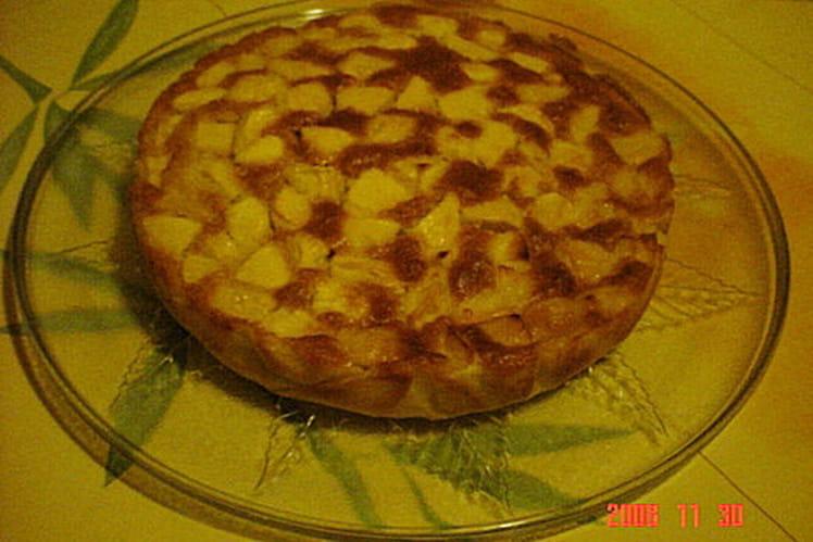 Gâteau aux pommes parfumé à la fleur d'oranger