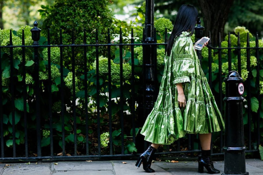 Le look blogueuse de la semaine : Tina Leung à la fashion week de Londres
