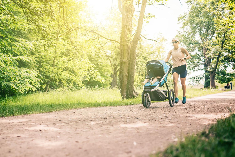 Les meilleures poussettes trois roues pour parents sportifs