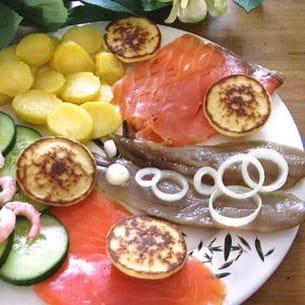 assiette de poissons fumés