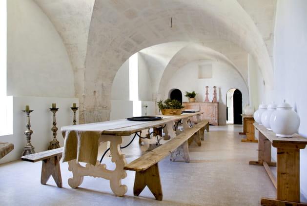 Une salle à manger façon prieuré